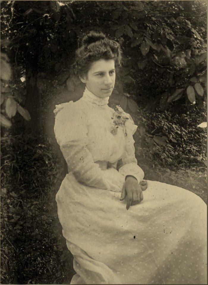 Аріадна Драгоманова-Труш, фото 1904 року