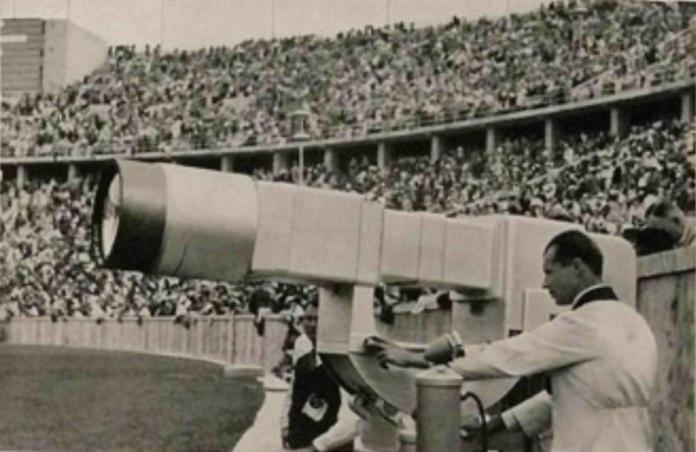 """Шматочок"" Олімпіади 1936 року. Фото з http://www.dofootball.com.ua/index.php?article_id=63716"