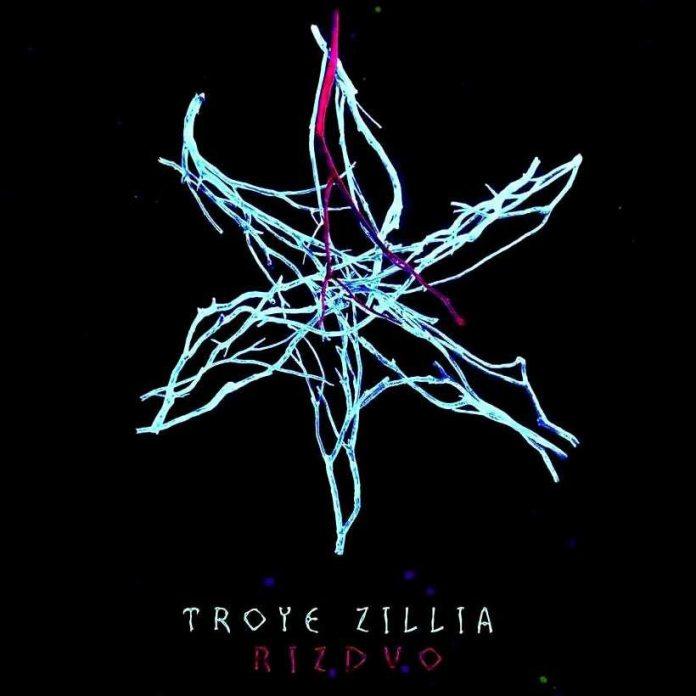 "Обкладинка музичного альбому гурту Troye Zillia під назвою EP ""RIZDVO"""