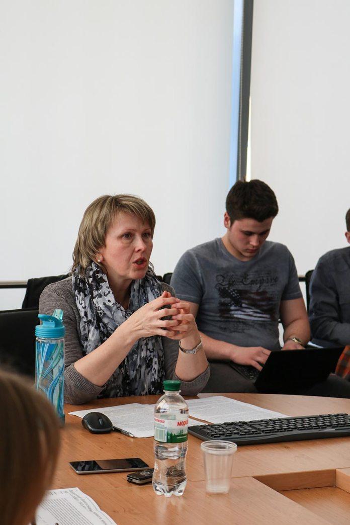 """Відкрита лекція дослідниці Оксани Кісь — """"Вижити значить перемогти: жіночий досвід українок в ГУЛАГу в 1940-50-х рр."""