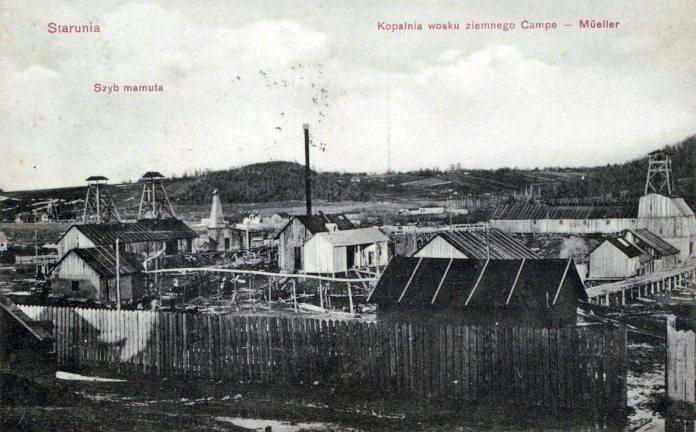 Копальня озокериту біля Старуні. Поштівка 1908 року
