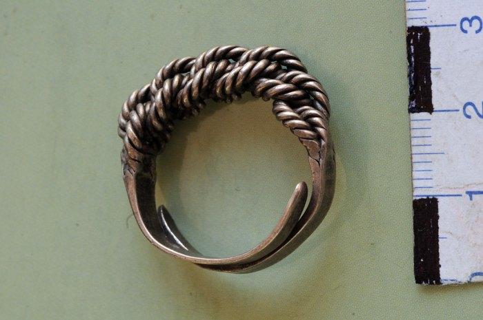 Перстень з фондів ЛІМу. Фото Зеновій Підперигора