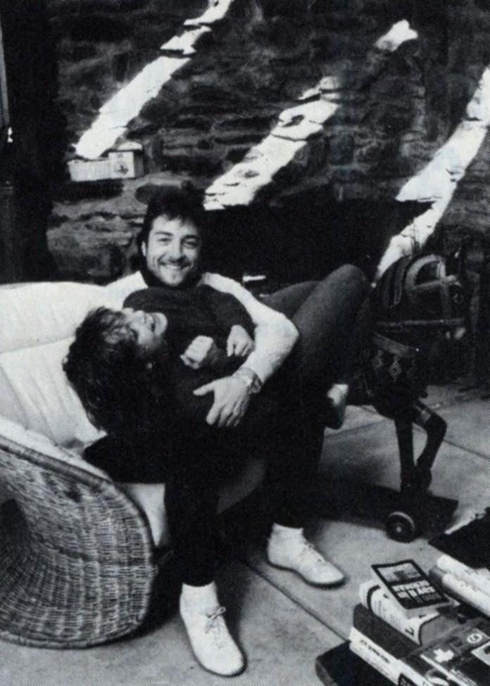 """З чоловіком Едвардом. Світлина з журналу """"Ford Times"""", 1990 р."""