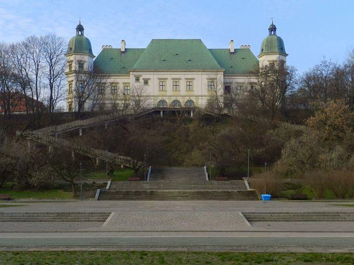Уяздовський замок. Фото з https://commons.wikimedia.org