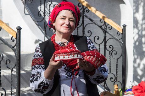 Майстриня Оксана Руданська
