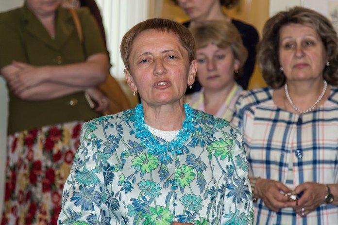 В. о. директора Інституту досліджень бібліотечних мистецьких ресурсів, кандидат мистецтвознавства пані Ольга Осадця