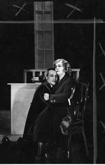 Софія Славінська в постановці «Пані Х». Луцьк. 1932 р. Джерело: https://audiovis.nac.gov.pl/