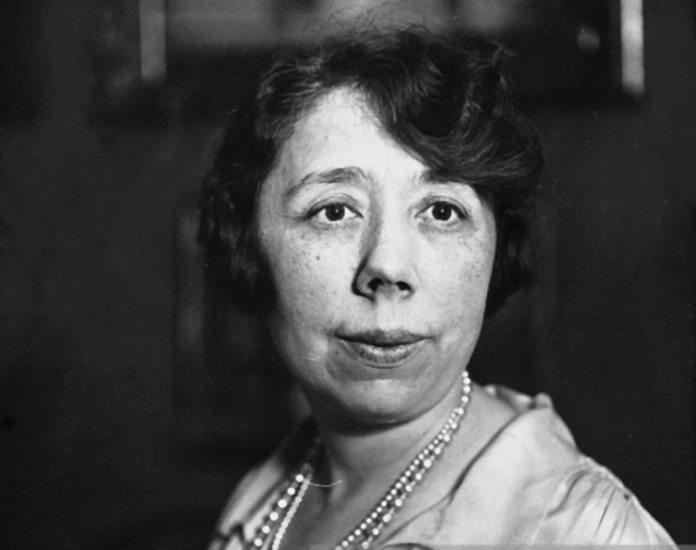 Марґеріт Лонґ (1874-1966) – французька піаністка