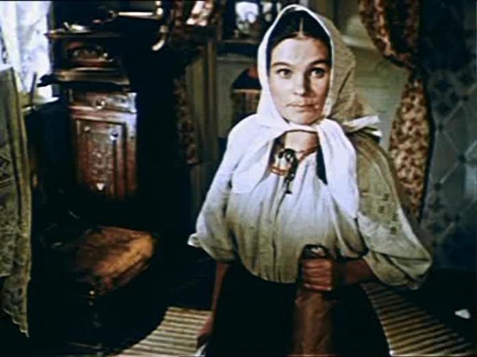 """Таїсія Литвиненко в ролі Химки у фільмі """"За двумя зайцами"""" (1961)"""