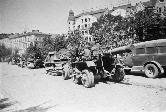 Львів, площа Галицька. Фото 1944 року