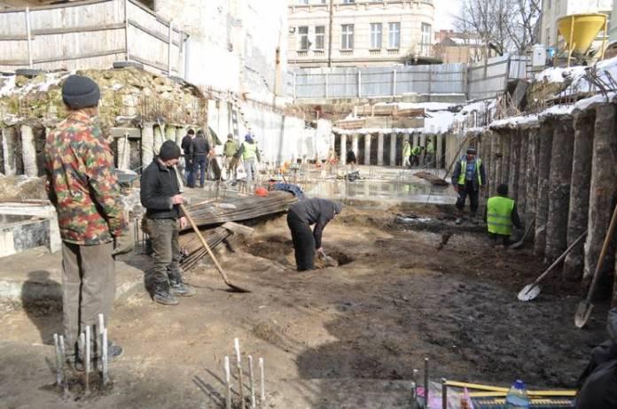 Археологи розкопали у центрі Львова унікальну будівлю