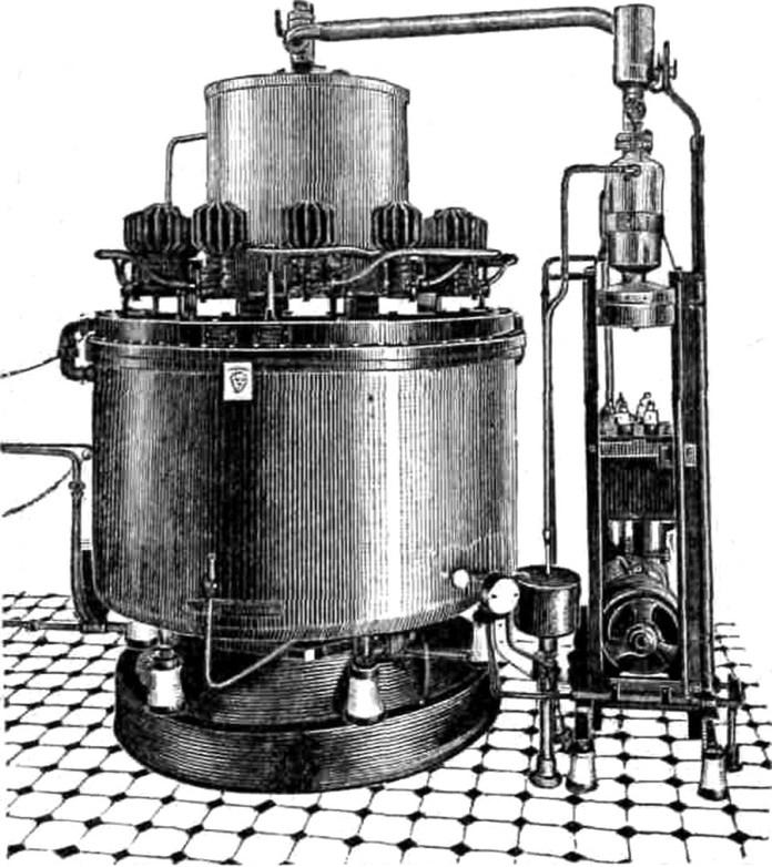 """Ртутний випрямляч фірми """"Браун-Бовері"""", 1925 р"""