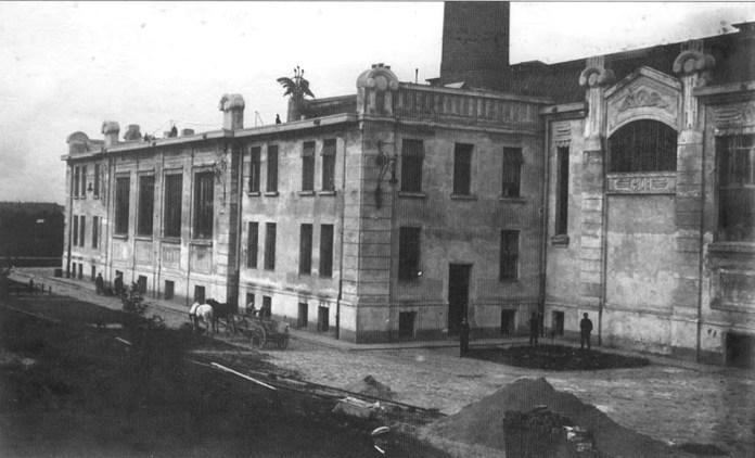 Електростанція на Персенківці після вводу в експлуатацію 1910 р