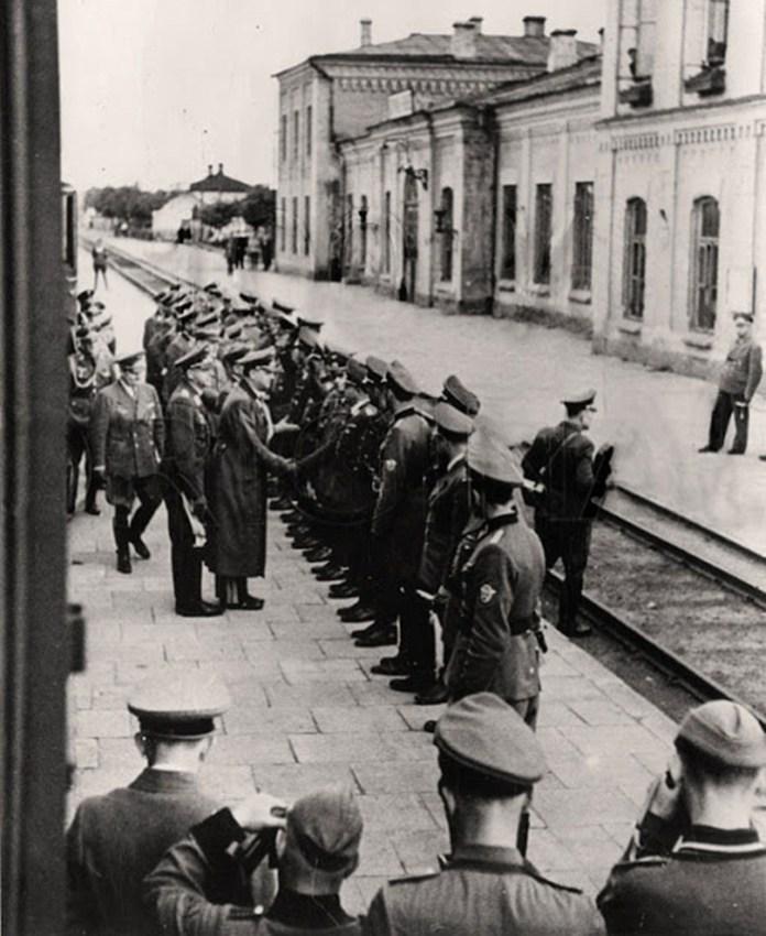 Візит рейхсміністра Розенберга до Рівного, вокзал червень 1942 року