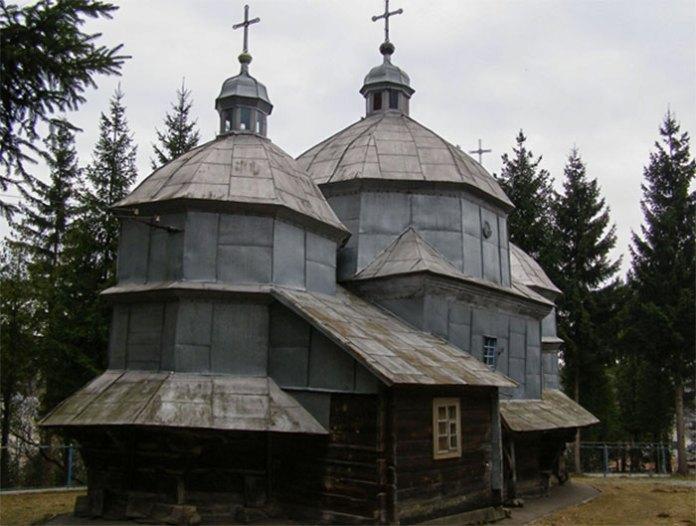 Так виглядала церква в Черепині до 2007 року. Фото, надане церковною громадою.