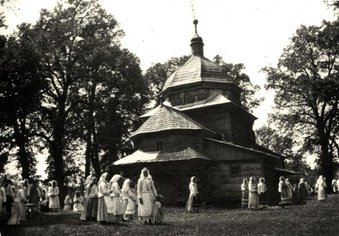 Греко-католицька церква в Прилбичах , 1925 р. Фото з колекції «Archiwum Szeptyckich» (Власність «Fundacji Rodu Szeptyckich»)