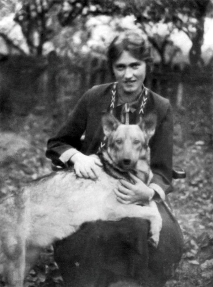 Володимира Крушельницька. Львів, 1930 рік