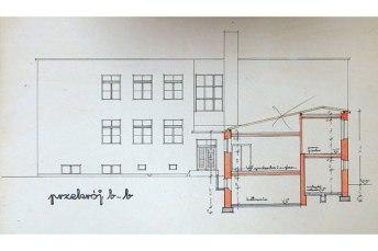 Фасад 7-класної школи на Гнідави з проекту Тадеуша Юзефа Карасінського