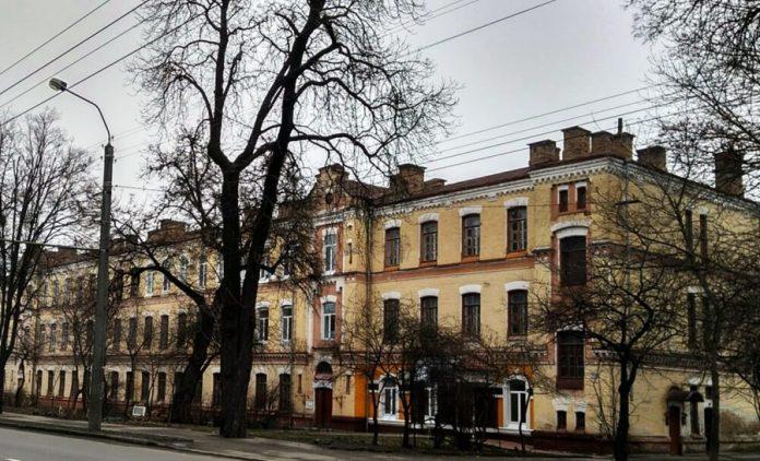 Один з найстаріших будинків зберіг свою красу