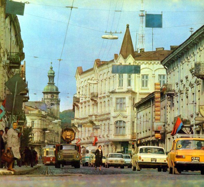 Сучасна вулиця ІванаФранка, 1984р.