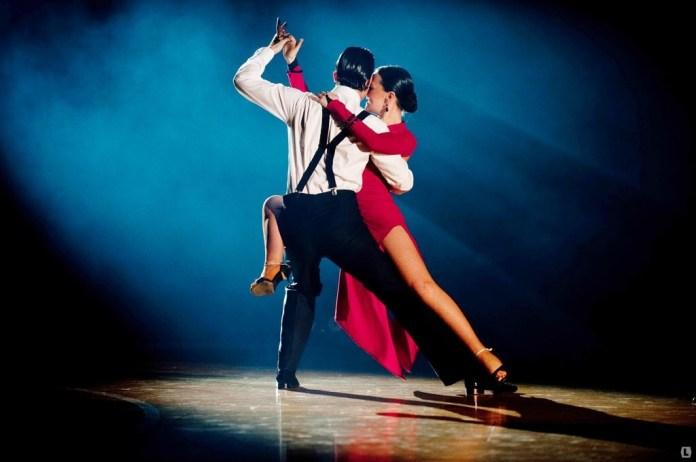 Ніч у Львові закружляє «У полоні пристрасного танго»