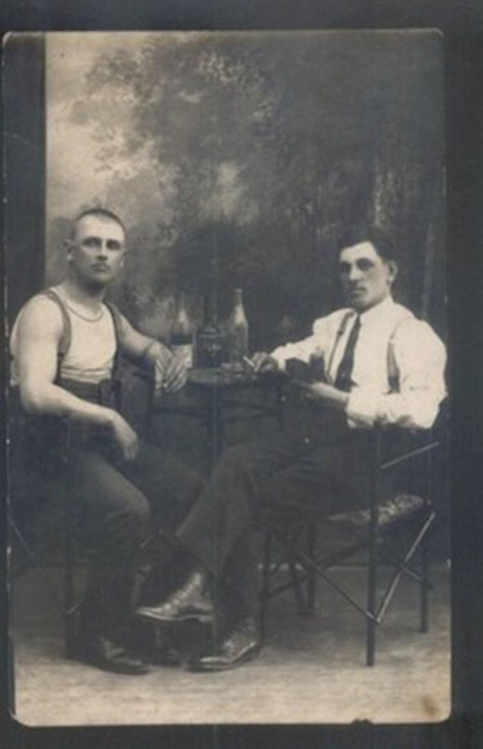 Салон Долінко. Вояки польського гарнізону, фото 1937 року