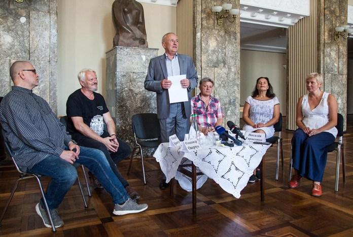 Учасники прес-конференції з нагоди відкриття 102-ого театрального сезону в Театрі імені Марії Заньковецької