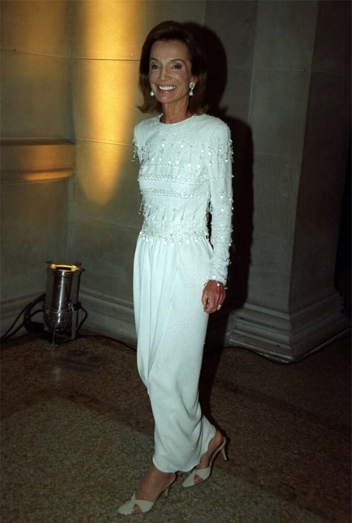 Ікона стилю Лі Радзівілл, 2001 рік
