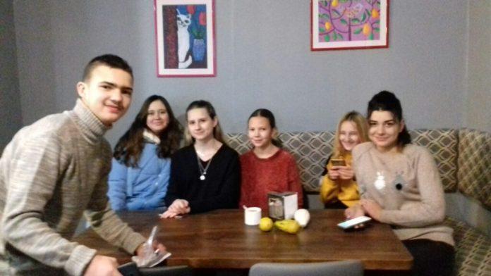 Львівські діти учасники зйомок. Фото: Оксана Аністратенко