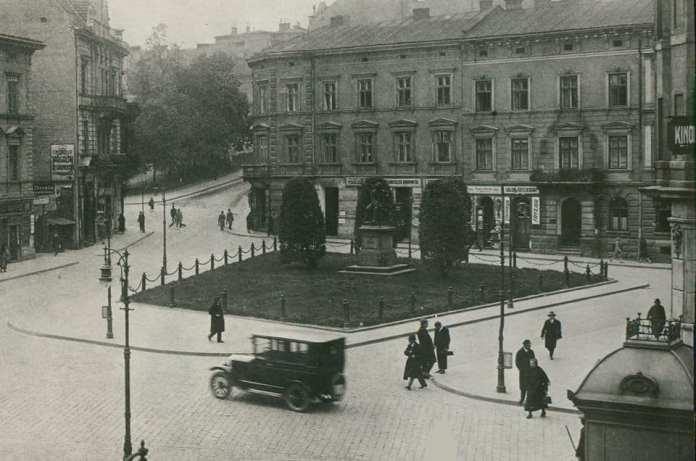 Львів, площа Академічна, фото 1925 року
