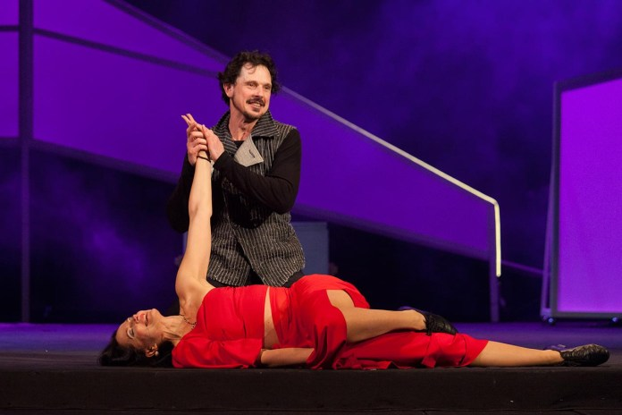 Сцена з вистави «Фредерік або Бульвар злочину»