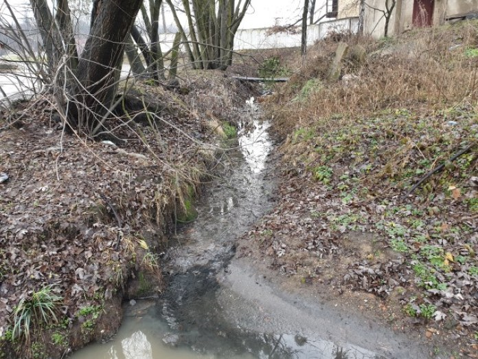 Ця ж притока, вид на депо