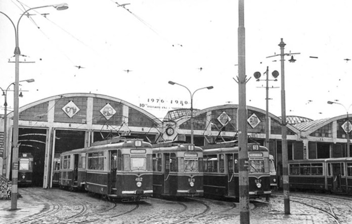 Трамвайні вагони «Gotha» в трамвайному депо № 1 на вул. Городоцькій, 185. Друга половина 1970-х років