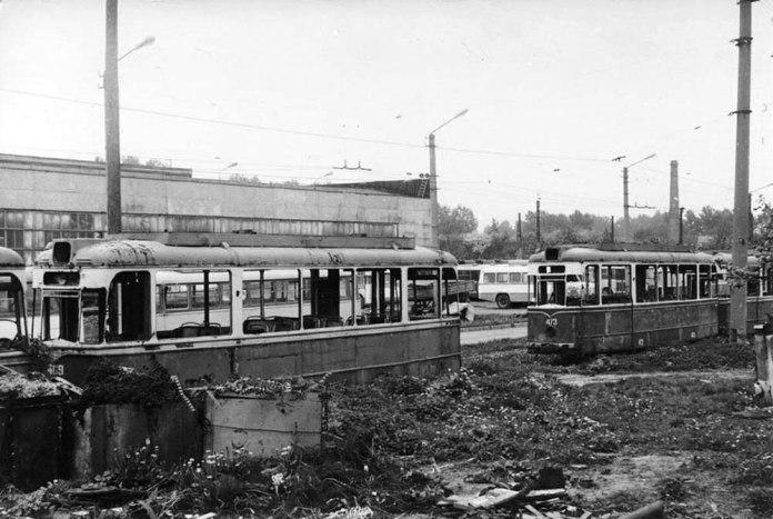 Трамваї «Gotha» перед утилізацією на ЛТТРЗ. 1989 р.