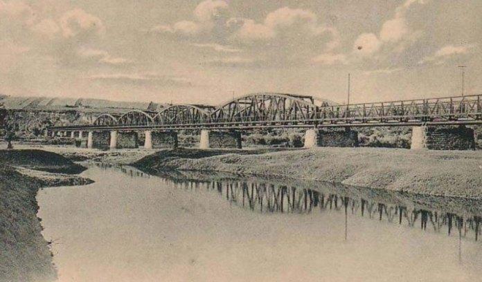Залізничний міст через Дністер у Нижневі (залізниця Станіславів – Гусятин)