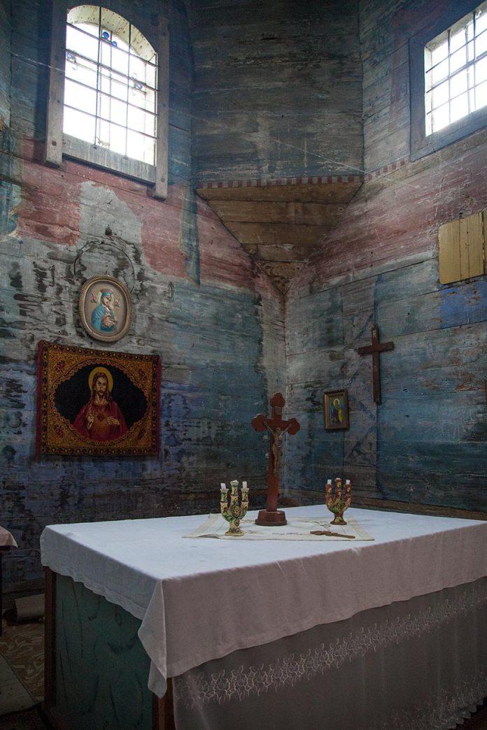 Захристія церкви святого Архістратига Михаїла в Комарно. Фото Романа Метельського