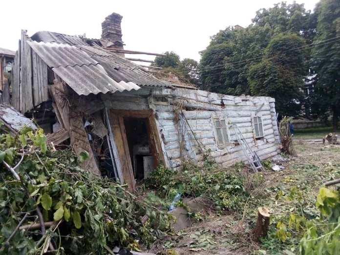 У понад столітньому будинку з Рівного, за словами Володимира Дзьобака, відновлять побут мешканців ХХ століття.