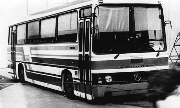 Прототип автобуса ЛАЗ-5255 «Карпати» у приміській версії