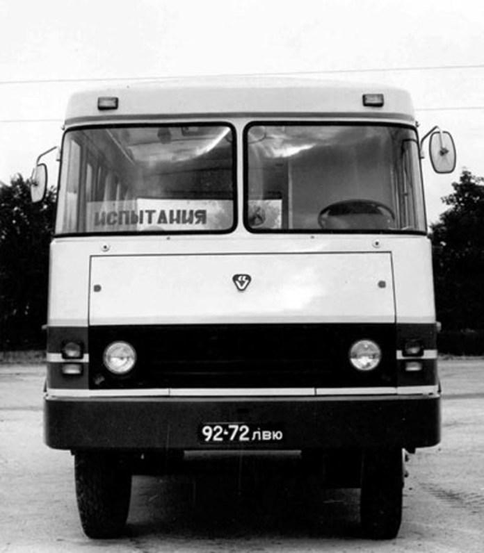 Прототип автобуса ТС-3965, вигляд спереду