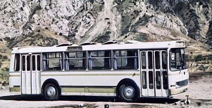Автобус-прототип ЛАЗ-698 під час випробовувань