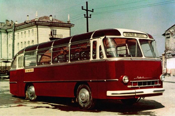Перший дослідний автобус-прототип ЛАЗ-695 «Львів» Дослідний І. Вигляд із боку. Міська/приміська модифікація