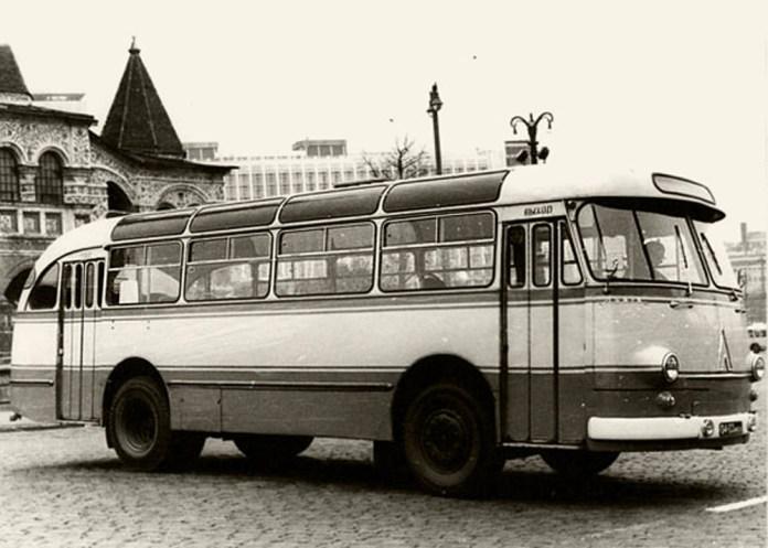 Серійний автобус ЛАЗ-695Е, який випускався із 1963 року