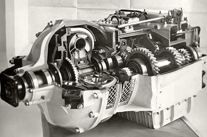 Автоматична гідромеханічна коробка передач для автобуса ЛАЗ-695Ж