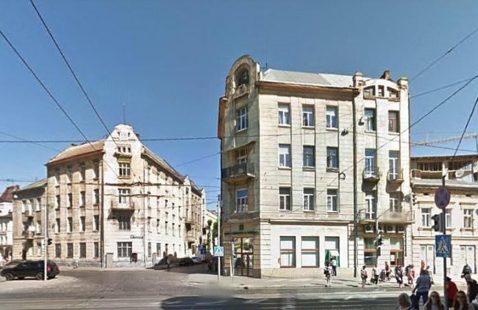 Висока кам'яниця до війни мала адресу вул. Городоцька, 66 (тепер це вул. Городоцька, 96)