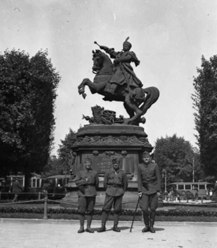 Львів, пам'ятник Собеському, 1942 р.