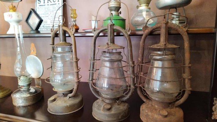 На Львівщині відкрили аптеку-музей винахідника гасової лампи Яна Зега