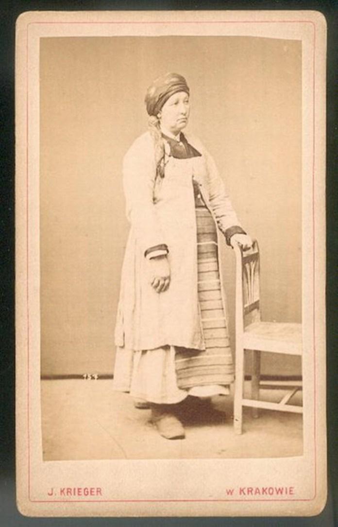 Жінка зі Збаража, Тернопільщина, 1870 р. Фото: Ігнаци Крігер
