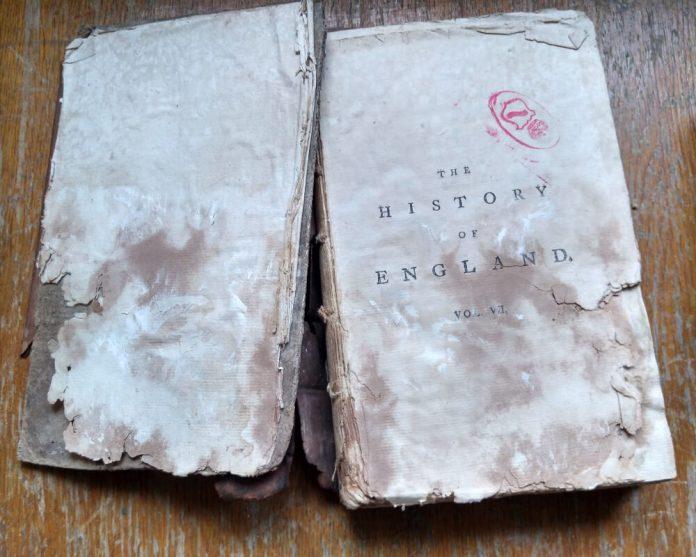 """""""Історія Англії"""" з книгозбірні Любомирських. Чи вдасться її відновити?"""