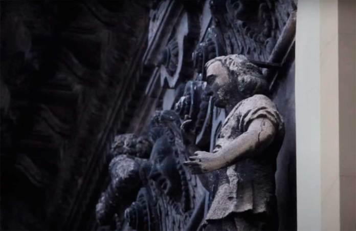 Скульптури на Каплиці Боїмів. Світлина 2014 року