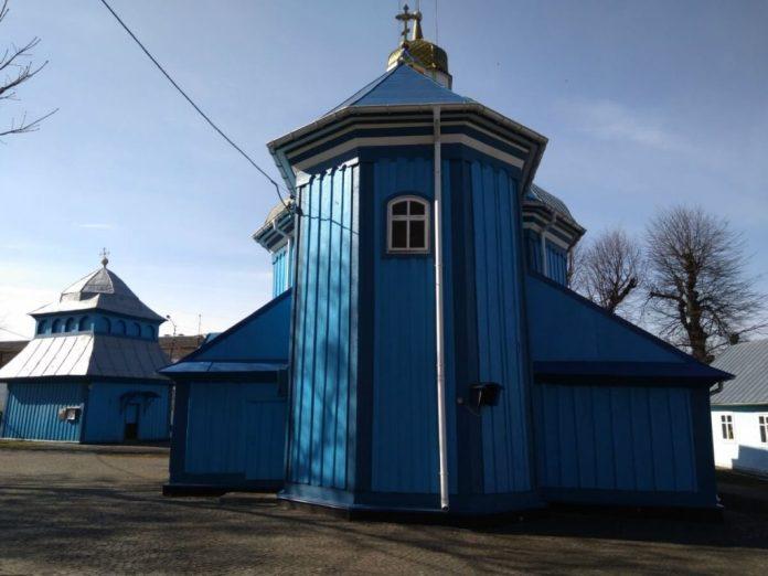 Вигляд церкви з двору, фото 2019 року